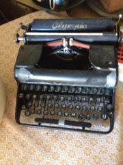 Olympia Schreibmaschine schöne Deko