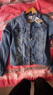 Verkaufe hier eine Damen Jeansjacke
