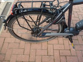Herren-Fahrräder - Gebrauchtes Trekking E-Bike