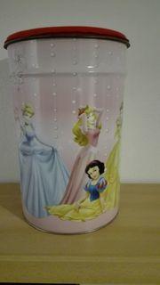 Verschiedene Disney Princess Artikel abzugeben