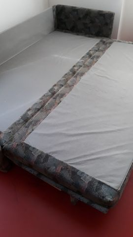 Auszieh-Couch: Kleinanzeigen aus Lustenau - Rubrik Polster, Sessel, Couch