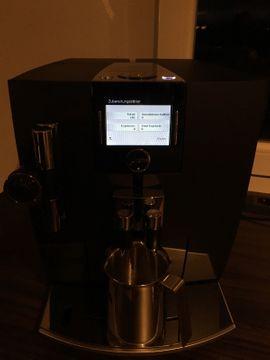 Jura Impressa J80 - schwarz: Kleinanzeigen aus Schönefeld - Rubrik Kaffee-, Espressomaschinen