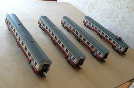Modelleisenbahnen - 4-teiliger Reisezug der Schweizer Bahn