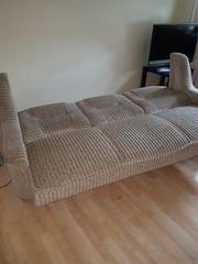 Verkaufe 3 sitziges Sofa ausklappbar