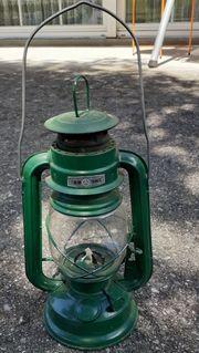 Petroleumlampe grün