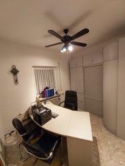 BÜROAUFLÖSUNG Komplette Büroeinrichtung mit Schreibtisch