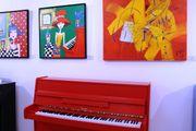Hellas Klavier Sonderfarbe Rot kostenlose