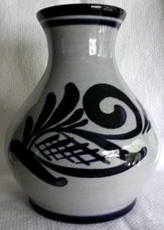 Westerwälder Steinzeug - dekorative bauchige Vase