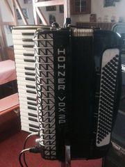 Hohner Akkordeon