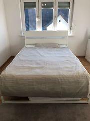 Bequemes Bett inkl Matratze und