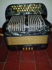 Akkordeon Hohner Club II B