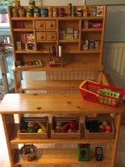 Kinder-Kaufladen sehr guter Stand Kaufladen