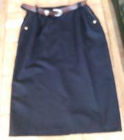 Damenrock schwarz Gr 44 100