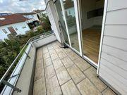 Provisionsfrei renovierte 1-Zimmer-Wohnung mit Balkon