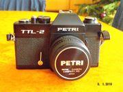 Spiegelreflexkamera aus den 70ern mit