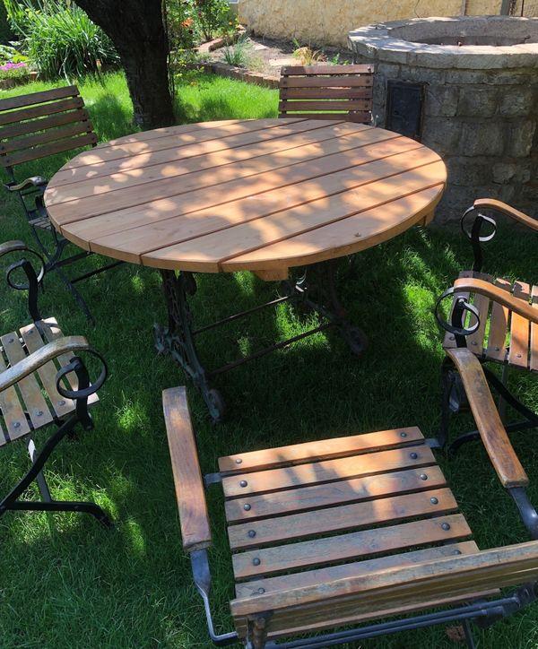 Gartentisch Alt.Tisch Gartentisch Guss Gusseisen Metall Holz Alt Antik