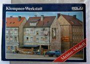 H0 Pola Stadthaus mit Klempnerwerkstatt