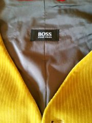 Hugo Boss Neuw goldfarbene Herrenweste