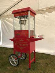 Popcornmaschine mit Wagen in Rot