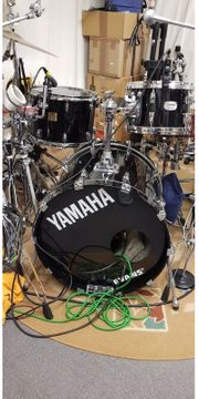 Yamaha Absolute Drumset