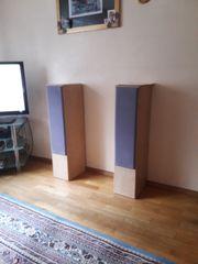 2 Magnat Motion 1000 Lautsprecherboxen