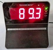Gut ablesbarer Marken-Radiowecker UKW AM