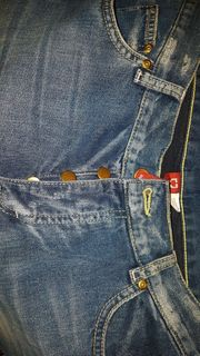 neue Jeans DIVIDED 31 32