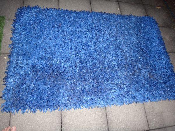 Teppich Blau zu verschenken