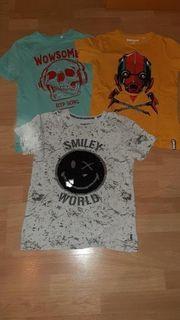 3 Jungen T-shirts Größe 146