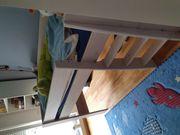 Kindermöbel Bett und Schreibtisch TOP