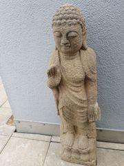 Antike grosse chinesische Buddha-Statue wohl