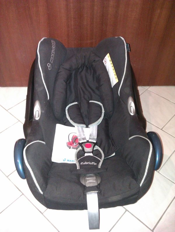 Babyschale Maxi Cosi CabrioFix