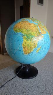 Globus Leuchte