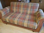 Couch sehr gut erhalten abzugeben
