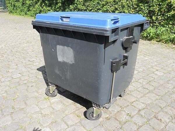 Müllgroßbehälter 1100Liter neuwertig gebraucht