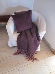 IKEA-Sessel TULLSTA inkl abgebildeter Deko
