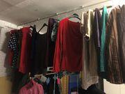 Viel Damenbekleidung für wenig Geld