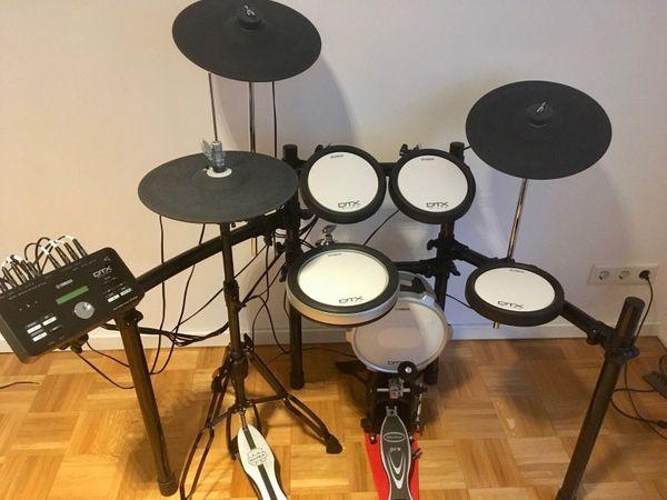 Yamaha DTX582 elektronisches Schlagzeug