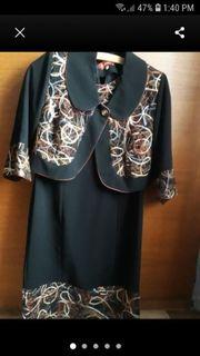 Schöne festliche Kleid mit Bolero