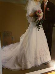 Wunderschönes Brautkleid Eddy K