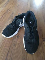Turnschuhe Sneakers Marke Nike Größe