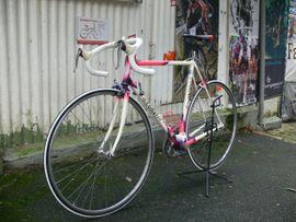 Bild 4 - Straßenrennrad von COMATI mit 14 - Braubach