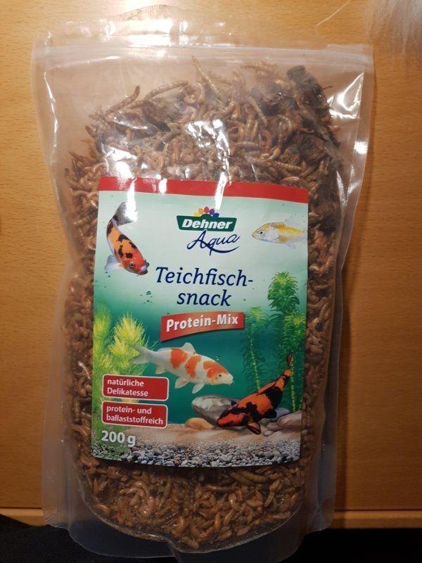 Teichfisch-Snack