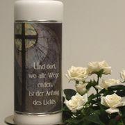 Trauerspruch für Hinterbliebene Kerze Trauerfeier