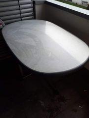 Tisch mit 4 Stuhl