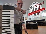 Yamaha Klavier U 1 mit