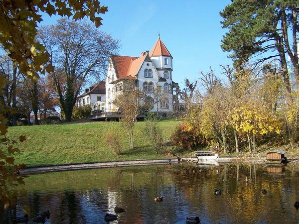 Suche Haus Bauerhaus mit Scheune