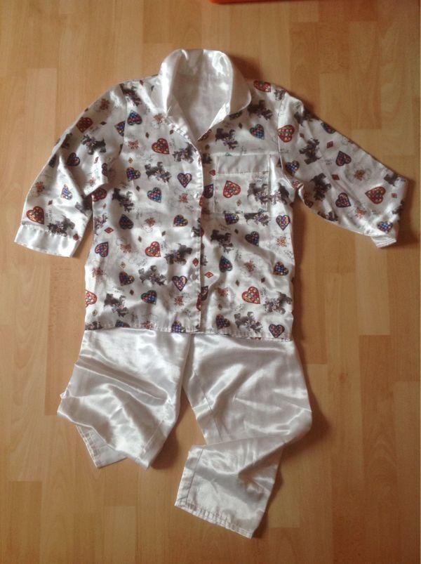 Schlafanzug weiß mit Hundemotiv Gr