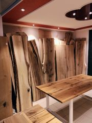 Rustikale Holzbretter