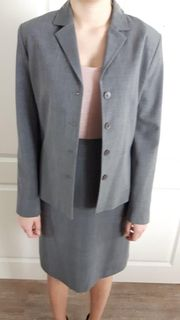 Maxx Kostüm grau Gr 38